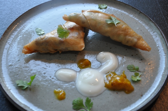 Indiske samosa med kryderet oksekød Foto: Camilla Lykke Jensen